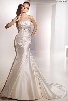Vestido de noiva de cetim