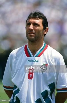16 July 1994 FIFA World Cup Sweden v Bulgaria Hristo Stoitchkov of Bulgaria Best Football Players, World Football, Bulgaria, Ronaldo Football, Legends Football, Soccer Cards, Association Football, Soccer Poster, Sport Icon