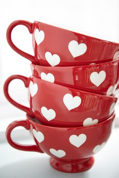HEARTS: Pier hand-painted Valentine Heart Stoneware Mugs will greet you each day with happy hearts. And here's something else that will make you happy: They're dishwasher-safe and can be used in the microwave. Coffee Cups, Tea Cups, Red Cottage, Stoneware Mugs, Cute Mugs, Valentine Decorations, Tea Set, Tea Time, Red And White