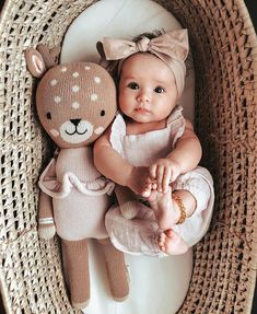 So Cute Baby, Baby Kind, Cute Baby Clothes, Cute Kids, Cute Babies, Babies Clothes, Happy Baby Pose, Outfits Niños, Baby Outfits