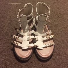 TOBI white & gold gladiator sandals size 7 Cute & comfortable gladiator sandals w/ gold metal studs and buckles.  Zips up.  Never used or worn.  Size 7, true to size. Tobi Shoes Sandals