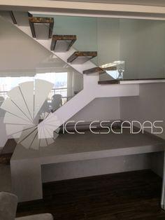 ICC Escadas - Escadas tipo U com uma viga lateral
