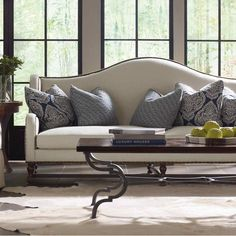 Bernhardt. Yardley Sofa in ivory woven bodycloth, indigo and white accent pillows