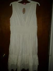 Pink.apple dress for woman 100%cotton beautiful. Dress with lace size x large $20.99
