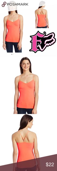 🆕Fox Racing Juniors Hello! Cami XS 92% Nylon/8% Spandex. Machine Wash Engineered drop needle/mesh pattern at sides. Ruching and textured shaping around bust enhances fit Fox Head link at center back attached to straps. Metal strap adjusters.26 inch Body Length Fox Tops Tank Tops