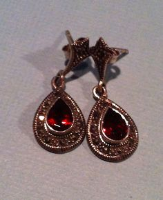 "Vintage Garnet Stone  Sterling Silver 1"" Dangle Earrings - Aferra Jewelry"