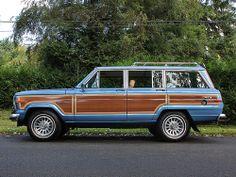 1988 Jeep Grand Wagoneer - Spinnaker Blue