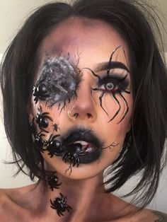 Looking for for inspiration for your Halloween make-up? Browse around this website for cute Halloween makeup looks. Creepy Halloween Makeup, Creepy Makeup, Halloween Looks, Sfx Makeup, Halloween 2019, Makeup Art, Makeup Ideas, Spider Web Makeup, Maquillaje Halloween
