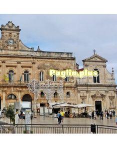 Elegante Luxushotels in Ostuni - Puglia. Piano Bar, Design Hotel, Das Hotel, Notre Dame, Mansions, House Styles, Building, Travel, Romantic Vacations