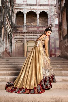 Outfit by Saadia Mirza (Pakistani Fashion)