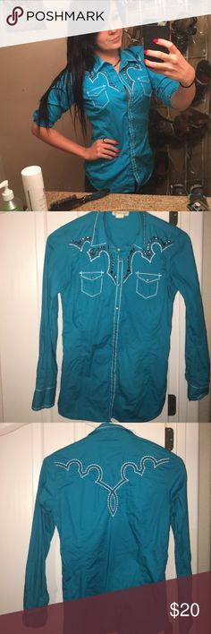 Bright blurb Fitted Ariat show shirt  Fitted, cute, embellished, western show shirt from Ariat. NWOT. Just put it on to take the picture. Has just sat in my closet for 2 years now. Ariat Tops Button Down Shirts