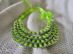 Zielony neonowy naszyjnik z zawleczek w bÓ biżuteria na DaWanda.com