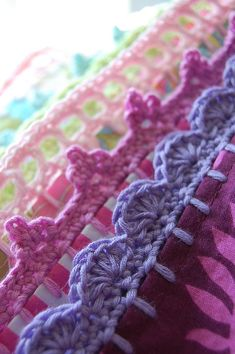 Rose Hip puts pretty pretty crochet edgings on pillow cases! This kinda makes me wanna fancy up my own pillow cases!