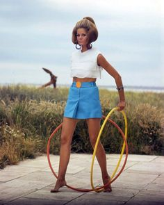 Watch out I have my hoola hoops!!