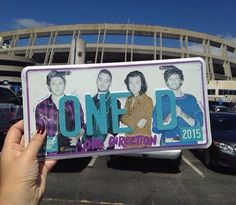 I want this...<<<my friend bought one at our concert and she hung it on her wall hahaha