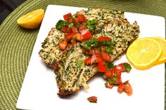 A Healthy Jalapeno: Slimmed Down Turkey & Spinach Meatloaf I Love Food, Good Food, Yummy Food, Healthy Snacks, Healthy Recipes, Healthy Eats, Protein Recipes, Fun Recipes, Healthy Dishes