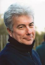 Ken Follet, author of Pillars of the Earth Series. Best Authors, Best Novels, Historical Fiction Authors, Ken Follett, Writers And Poets, Book Writer, Portrait Photo, Colin Firth, New York Times