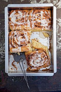 Cream Cheese Cinnamon Rolls. Because you can NEVER have too many cinnamon roll variations. One for every mood!