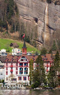 Vitznau Station | Lucern, Switzerland