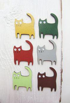 Hey, j'ai trouvé ce super article sur Etsy, chez https://www.etsy.com/fr/listing/232204186/livraison-gratuite-de-broche-chat-peint
