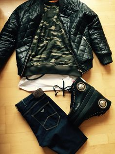 Urban-Camouflage Outfit