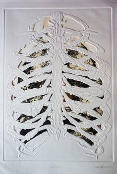 Valentina Formisano is an young artist hailing from Macerata, Italy. I love how she combines detailed textured drawing with the embossing and cutting out of paper. Ribcage lungs and heart Moleskine, Collagraph, Anatomy Art, Heart Anatomy, A Level Art, Ap Art, Gcse Art, Skull And Bones, Art Plastique