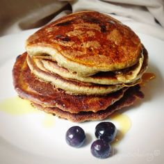 Weekly Highlights, a Baking Giveaway and a Recipe for Paleo (Banana Flour) Pancakes!