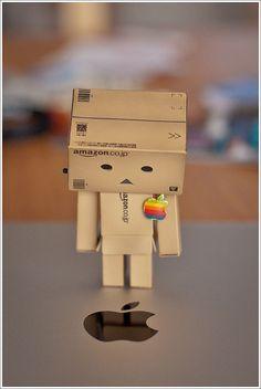 Amazon Box Robot Morns Steve Jobs