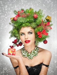Beautiful creative Xmas makeup and hair style indoor shoot. Beautiful attractive girl with Christmas tree accessories in studio holding a gift. Curl Styles, Hair Styles, Christmas Tree Hair, Christmas Makeup, Christmas Tree Accessories, Fashion Models, Fashion Beauty, Beauty Makeup Photography, Attractive Girls