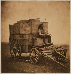 Mobile Dunkelkammer:  Sein Fotolabor hatte Roger Fenton bei seiner Exkursion...
