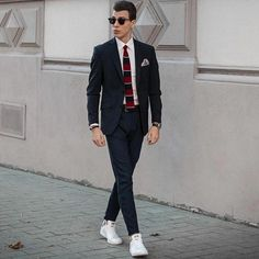 a58284bd13b59 Germany's very own Sascha Venus style Royal Navy Knitted Tie for this Smart  Casual look -