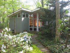 Maryland Modern Home - Charles Goodman Contemporary