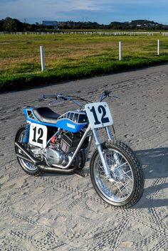 Pretty And Fast Yamaha Dirt Tracker Flat Track Motorcycle, Flat Track Racing, Motorcycle Art, Yamaha Motorcycles, Vintage Motorcycles, Top Luxury Cars, Flat Tracker, Classic Motors, Street Tracker