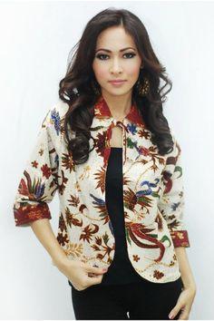 Model Baju Batik Blazer Wanita Terbaru