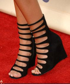 3756f143bd68 42 Best Celebrity Feet images