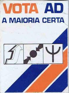 Cartazes houve muitos... mas nenhuns como estes - Observador Portugal, Vintage Posters, Revolution, Nostalgia, Memories, Retro, Political Posters, Beauty Tips For Men, Vintage Advertisements