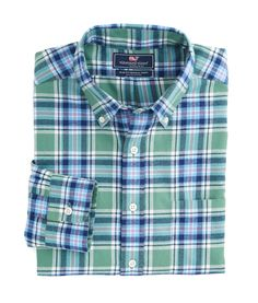 Vineyard Vines Hammersmith Performance Flannel Slim Murray Shirt- Starboard Green from Shop Southern Roots TX Casual Wear For Men, Preppy Outfits, Flannel Shirt, Stylish Men, Mens Suits, Casual Shirts, Button Down Shirt, Plaid, Vineyard Vines