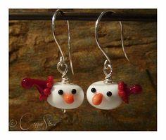 Handmade lampwork glass earrings from Copperstone Jewellery #handmade jewellery #lampwork beads #Christmas