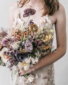 Neutral Wedding Flowers, Winter Wedding Flowers, Flower Crown Wedding, Bridal Flowers, Flower Bouquet Wedding, Floral Wedding, Summer Wedding Bouquets, Bride Bouquets, Bridesmaid Bouquet