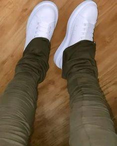 Shoes Gif, Sneakers, Fashion, Tennis, Moda, Slippers, Fashion Styles, Sneaker, Fashion Illustrations