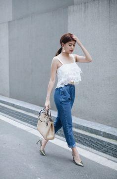 Hoàng Thùy Linh ghi điểm phong cách nhờ street style đẹp chuẩn - ảnh 12