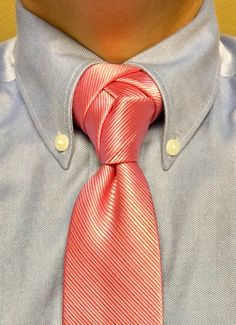 Trinity Eldredge knot is another one of my favorite fancy necktie knots I created using a trinity knot as a starter and then looping the left over similar to the Eldredge tie method. Actually came out really good. Also, I did do a slight variation on the trinity knot so that the angle of the remaining tie is more parallel to the prior loop