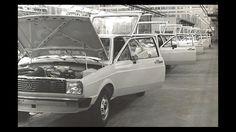 Volkswagen comemora seis décadas de história no Brasil Vw Gol, Brazil, Audi, Industrial, Vehicles, Germany, Old Pictures, Beetle Car, Vintage Cars