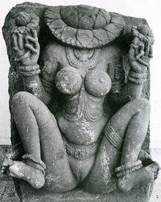 shakti cult, Yogini and the sacred Yoni Ancient Goddesses, Gods And Goddesses, O Ritual, Les Religions, Amaterasu, Mother Goddess, Sacred Feminine, Stone Sculpture, Sanskrit