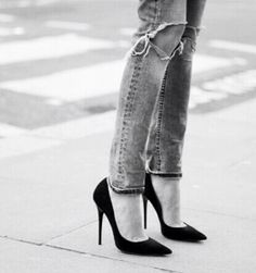 ripped jeans and heels...