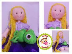 Rapunzel enrolados em tecido e Pascal em feltro