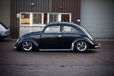 Reminds me of my high school friend's bug. So many cruising memories!