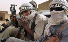 Los militantes de Al Qaeda que actúan en el territorio sirio tienen previsto expulsar al Ejército Libre de Siria (ELS) de las regiones norte del país para crear un Estado islámico, informó el periódico árabe con sede en Londres, Asharq Al-Awsat.