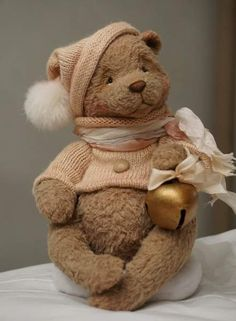 Little dreamer By Victoria Makarova - Bear Pile Teddy Bear Crafts, My Teddy Bear, Cute Teddy Bears, Teddy Beer, Christmas Teddy Bear, Teddy Toys, Love Bear, Tatty Teddy, Bear Doll