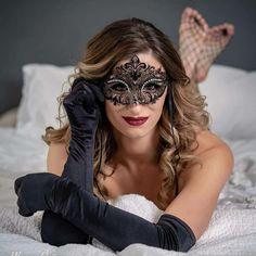 Glamorous Handmade Masquerade, Jewelries & Accessories by Glamorousgala Venice Mask, Glam Photoshoot, Photographie Portrait Inspiration, Female Mask, Lace Mask, Mask Girl, Beautiful Mask, Masquerade Party, Boudoir Photography
